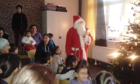 Unser Paria Stiftung-Nikolaus im Flüchtlingswohnheim