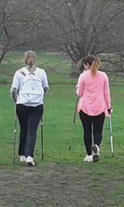 Nordic Walking mit der Paria Stiftung
