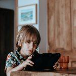 Die Paria Stiftung unterstützt Kinder beim Thema Online-Sucht