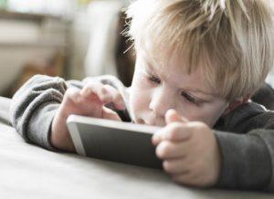 Nicht gut für Kinder - immer online sein!