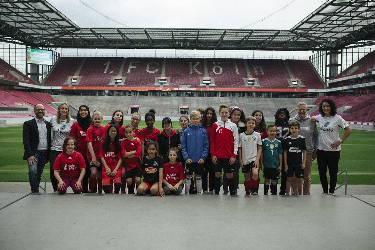 Paria Stiftung sagt DANKE für den tollen Fußballtag ihrer Paria Pänz
