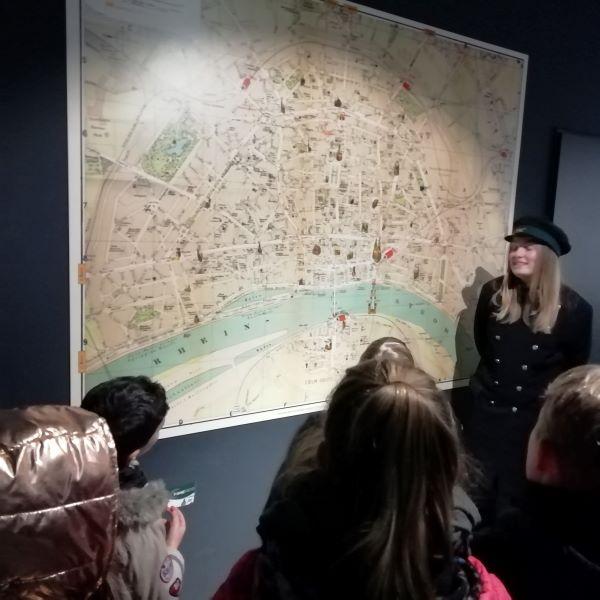 Eine Zeitreise durch Köln für unsere Paria-Pänz